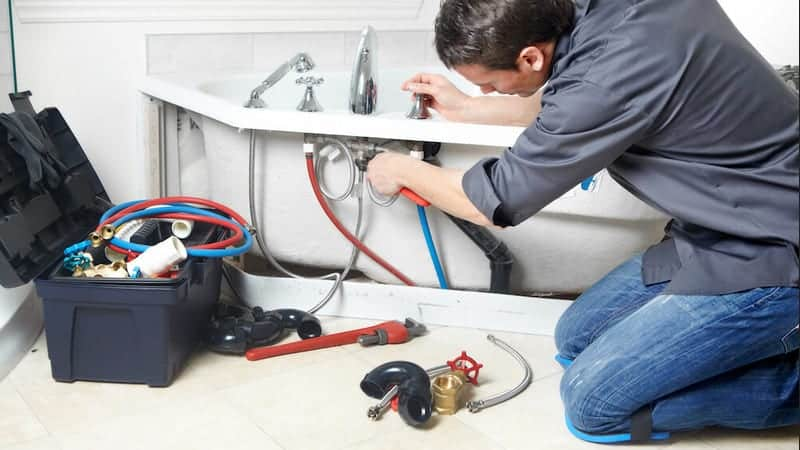 costs of hiring a plumber in liverpool